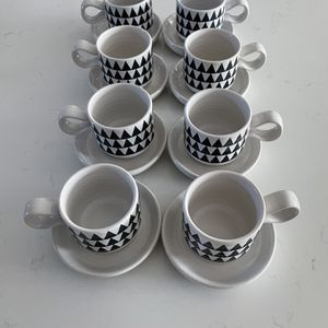 Crate & Barrel Set of 8 Espresso/Demitasse Cups & Saucers for Sale in Mableton, GA