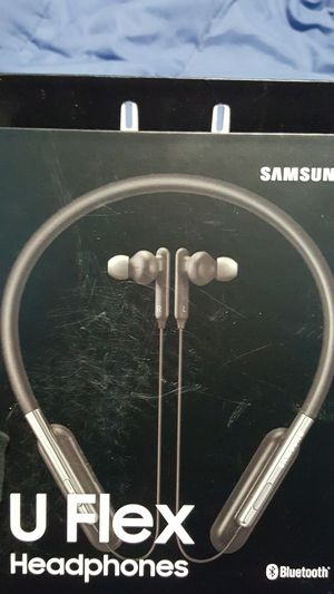 SAMSUNG U FLEX HEADPHONES for Sale in Perris, CA