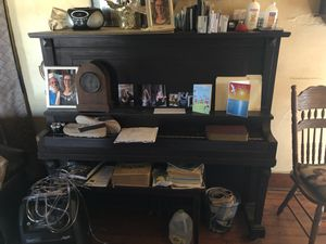 Piano works fine just don't have room for it anymore for Sale in Troy, KS