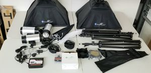 LS pro photo studio with trigger lighting for Sale in Bartlett, TN