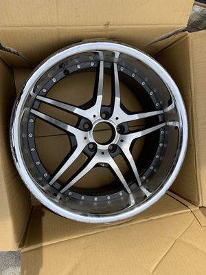 Mercedes 1 19x9.5 rim scratched only no bent for Sale in Hayward, CA