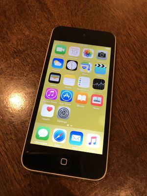 iPod Touch 5 (16GB) + Zivigo Bluetooth Headphones for Sale in San Diego, CA