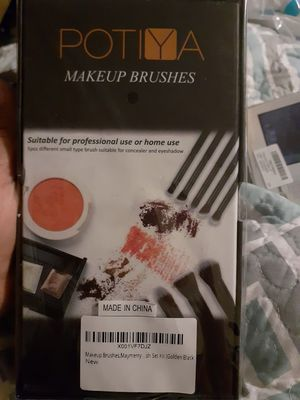 Makeup brushes new for Sale in Bakersfield, CA