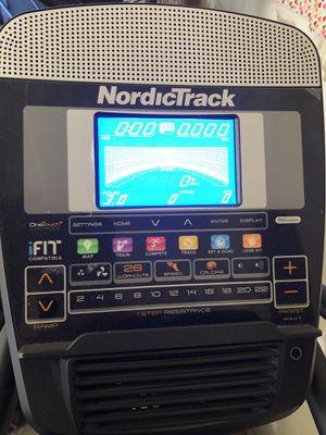 NordicTrack Elliptical E8.7 Lift for Sale in Buckeye, AZ
