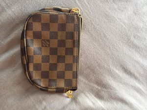 Louis Vuitton key ring pouch for Sale in Boston, MA