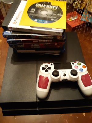 PS4 500GB SYSTEM W/ CONTROLLER & GAMES for Sale in Matteson, IL