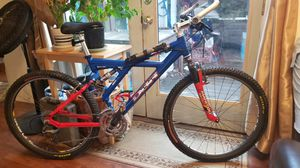 Diamondback XR8 full suspension downhill mountain bike for Sale in Burke, VA
