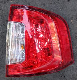 2014 Ford Edge passenger side tail lamp for Sale in South Gate,  CA