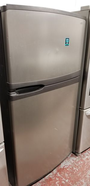 Kenmore refrigerator top and bottom stainless steel for Sale in San Antonio, TX
