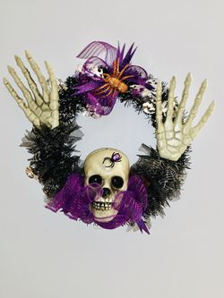 Halloween wreath handmade door decoration for Sale in Southern View,  IL