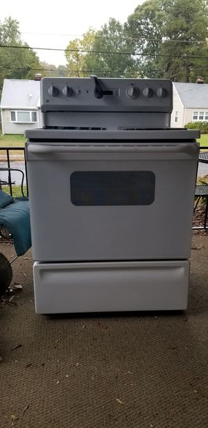 GE electric stove for Sale in Falls Church, VA