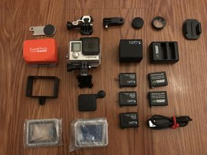 GoPro 4 Silver for Sale in Mount MADONNA, CA