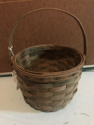 Longaberger Small Fruit Basket for Sale in Canton, MI
