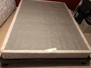 FREE QUEEN BED BOXSPRING for Sale in Spanaway, WA