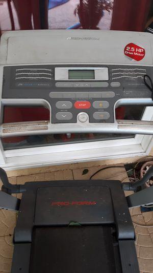 2.5 motor treadmill for Sale in Clearwater, FL