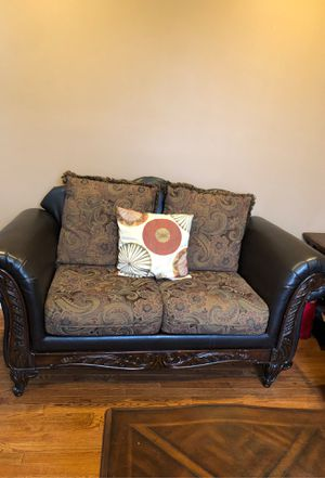 Living room furniture for sale sofa loveseat and chase for Sale in Sayreville, NJ