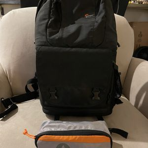 Lowepro Fastpack 250 AW for Sale in Tacoma, WA
