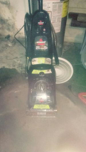 Bissell pro pet 2x multi surface cleaner for Sale in Pittsburgh, PA