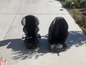 Car seat and booster seat for Sale in Lake Elsinore, CA