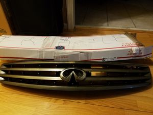 Grille Front Bumper Infinity G35 2003 for Sale in Durham, NC