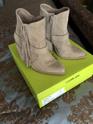 MARKDOWN - Gianni Bini tan suede bootie with fringe for Sale in Heathrow, FL