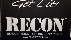 RECON 264271BKCC GMC Sierra 07-13 (2nd GEN) PROJECTOR HEADLIGHTS w/ CCFL HALOS & DRL – Smoked / Black for Sale in Bridgeport, WV