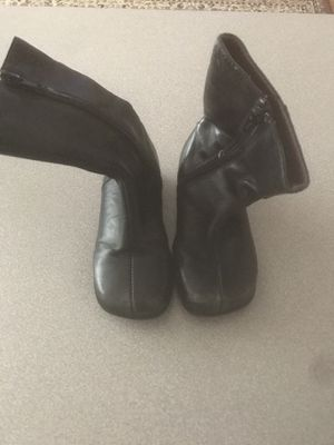 Baby Girls 6 1/2 Boots for Sale in Chicago, IL