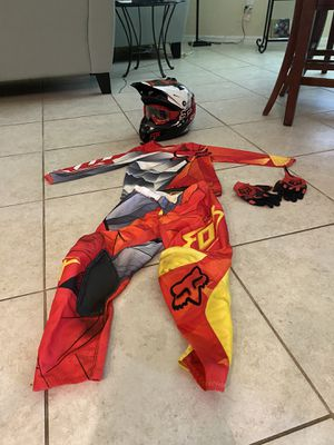 Fox racing outfit for Sale in Miromar Lakes, FL