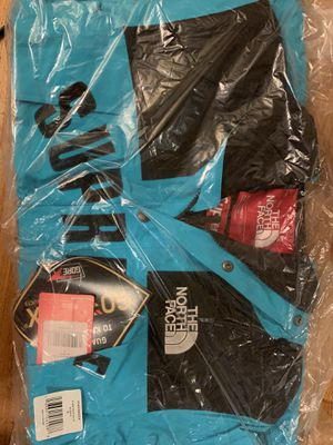 Supreme x The North Face Arc Logo Mountain Parka for Sale in San Diego, CA