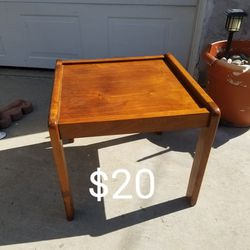 Wood Table for Sale in Long Beach,  CA