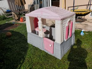 Kid play house for Sale in Kissimmee, FL