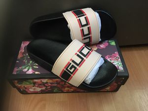 Gucci Sandals Never Used for Sale in Miami, FL