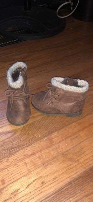 Garanimals size 6 girl boots for Sale in Kodak, TN