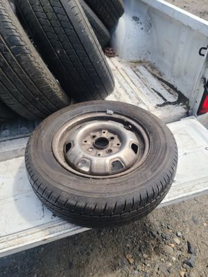 Toyo Eclipse 175 70 13 Tire Almost New for Sale in Portland, OR