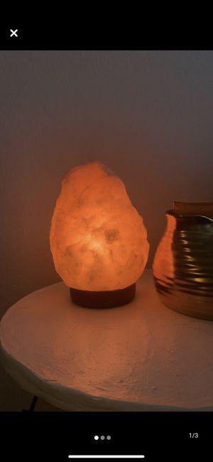 Himalayan Salt Lamp for Sale in San Antonio, TX