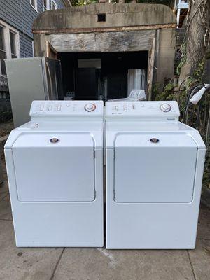 Hermosa 😍parejita de lavadora y secadora eléctrica x solo 380 y 90 días de garantía más instalación y delivery for Sale in Waterbury, CT