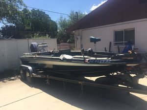 1987 20' champion bass boat for Sale in San Carlos, AZ