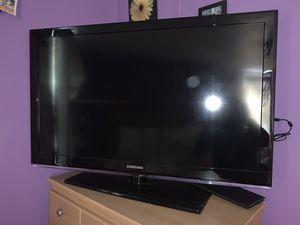 Samsung tv for Sale in North Providence, RI