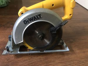 Dewalt cordless saw 18v for Sale in Los Angeles, CA