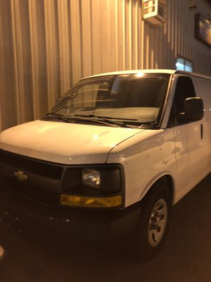 2013 chevy express 1500 for Sale in Boston, MA