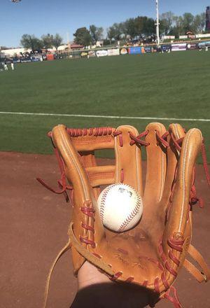 Baseball gloves for Sale in Gilbert, AZ