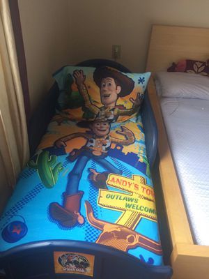 Kids bed with Mattress and full Disney toy story set for Sale in Pittsburgh, PA