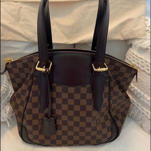 Louis Vuitton Verona MM Damier handbag!!!💜 for Sale in Washington, DC