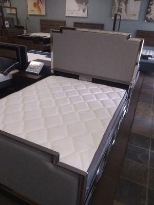 Queen size bed frame with Pillow top mattress and Box Spring included for Sale in Glendale, AZ