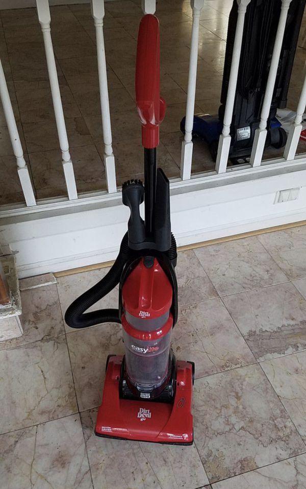 Dirt Devil easy lite vacuum cleaner