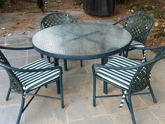 Brown Jordan Tamiami Patio and Dining Set for Sale in Bethesda,  MD