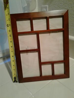Picture frame in great Condition. 14inches x 11inches. ASKING $10 for Sale in Stockton, CA