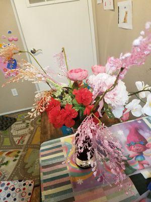 Vase + flower for Sale in Sacramento, CA