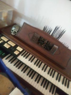 Organ make offer for Sale in Lakeland, FL