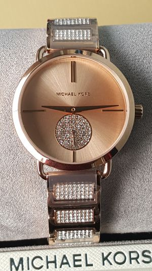 New Authentic Michael Kors Women's Rosegold Watch for Sale in Commerce, CA